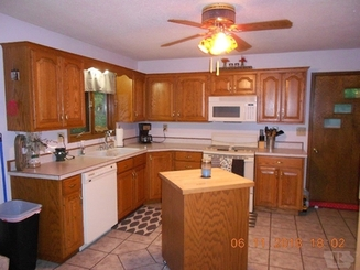 Kitchen of 22629 340th St