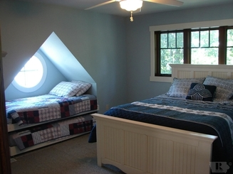 Bedroom of 5616 Lakeview Drive
