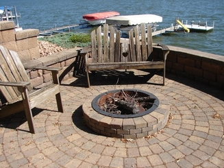 Firepit of 5616 Lakeview Drive