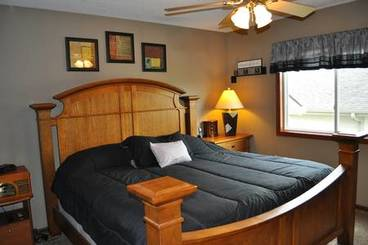 Bedroom of 500 Pine Brooke Dr