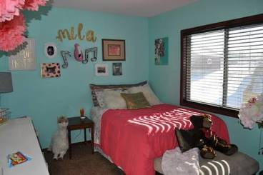 Bedroom of 505 Pine Brooke Dr