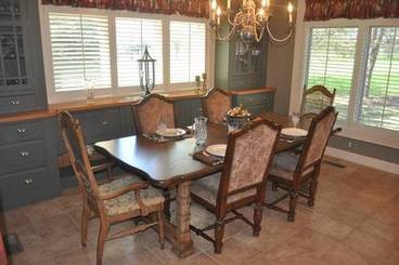 Dining Room of 2260 Country Club Dr