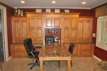 Executive Office of 2260 Country Club Dr