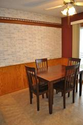 Dining Area of 821 N 10th St