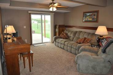 Family Room of 500 Pine Brooke Dr