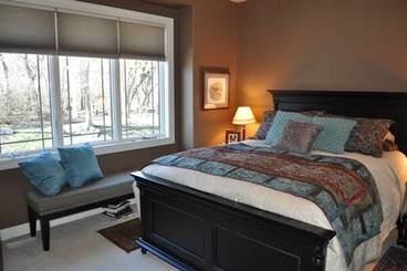 Master Bedroom of 32 Venetian Dr