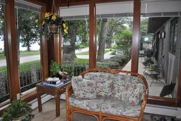 Sunroom of 2502 N Shore Dr