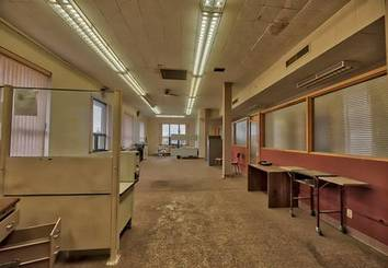 Office space of 1305 19th SW